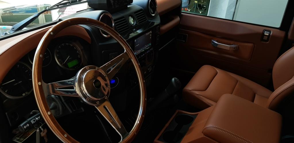 interior-4x4-001
